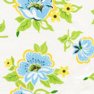 Heather_bailey_nicey_jane_church_flowers_in_blue