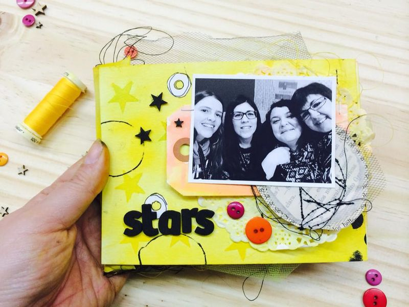 Taller Mini Album Mixed Media con Mireia Carbonell 01